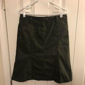 Ann Taylor LOFT Olive Skirt w/Zipper Pockets